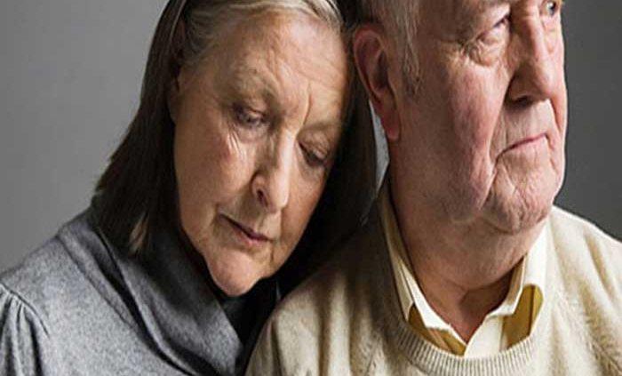افراد سالمند با چه رفتارهایی ناراحت و افسرده میشوند؟