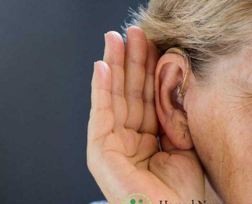 دلیل و درمان پیرگوشی سالمندان