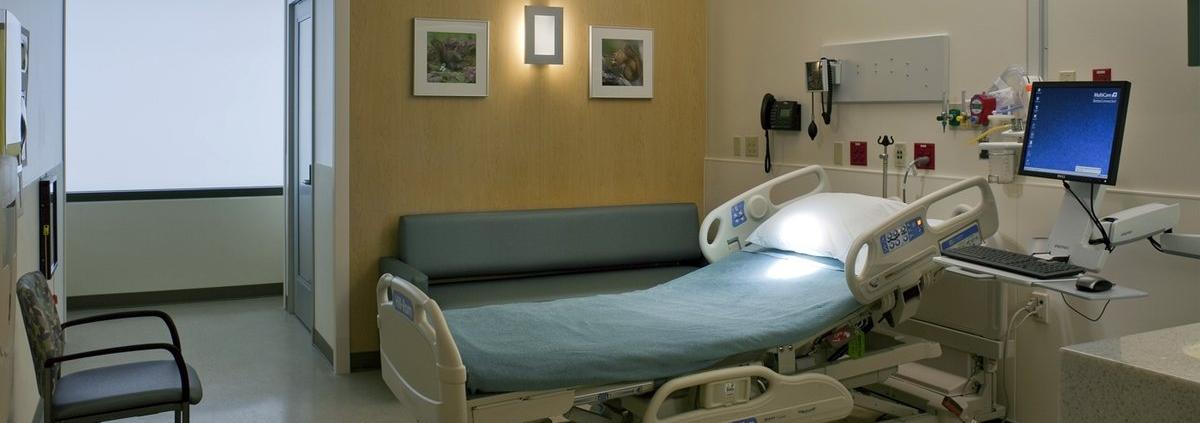 خدمات پرستاری ICU و CCU در منزل